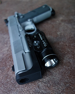1911 with standoff device