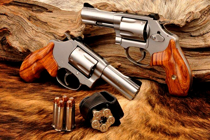 Full Custom Smith & Wesson revolver